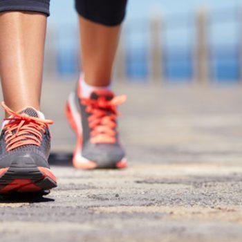 Ademas-de-hacer-dieta-caminar-10000-pasos-al-dia-es-la-clave-para-combatir-la-obesidad-y-el-sobrepeso-y-mejorar-nuestra-salud-y-calidad-de-vida