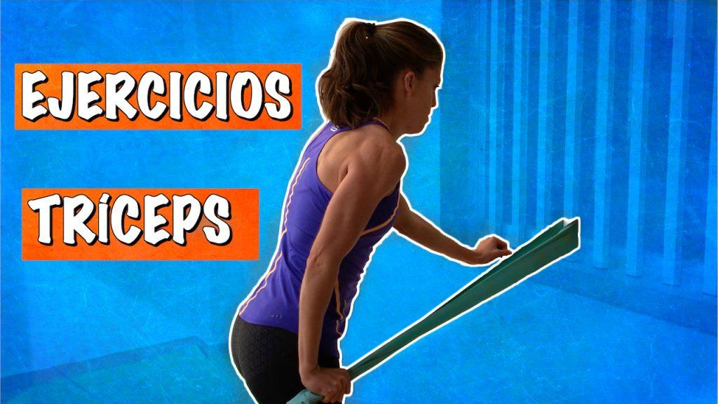 3-ejercicios-de-triceps-sencillos-con-gomas-o-banda-elastica-video-6